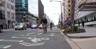 L Street NW cycle track, Washington, DC. Photo credit: David Rotenstein