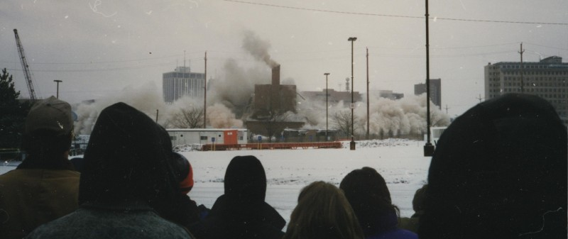 AutoWorld implosion, 1997. Photo credit: Grant Burns