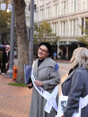 Jan Dilg leads a women's suffrage walking tour in Portland. Photo credit: Courtesy of Jan Dilg.
