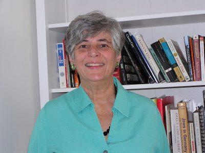 Lynn Kronzek. Photo credit: Lynn Kronzek