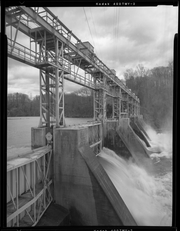 Reusens Dam on the James River in Virginia. Photo credit: Bruce G. Harvey.