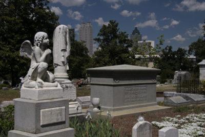 Gravestones at Oakland Cemetery in Atlanta, Georgia. Photo credit: Historic Oakland Foundation